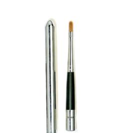 Pinceau stylo lèvres